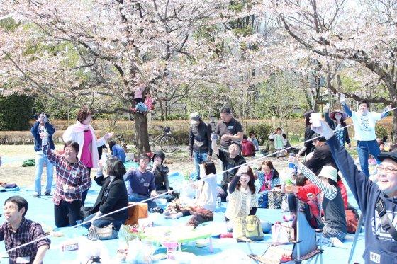 所沢フェイスブック会 お花見 航空記念公園