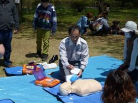 社会科「AED救急救命体験」